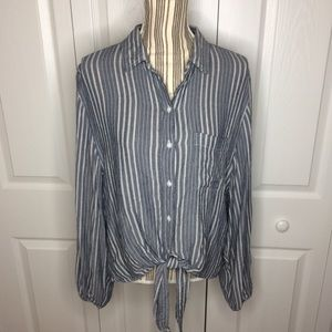 American Eagle blue striped knotted button down